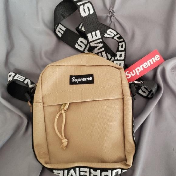 bd4120c207 UA Supreme Shoulder Bag (Small size)